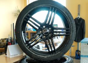 Felgen Wheelworld WH12 + Reifen Minerva Radial F205
